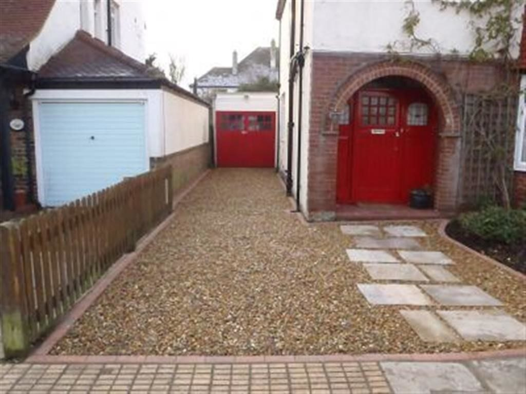 Gravel-Driveways-Wexford (16)